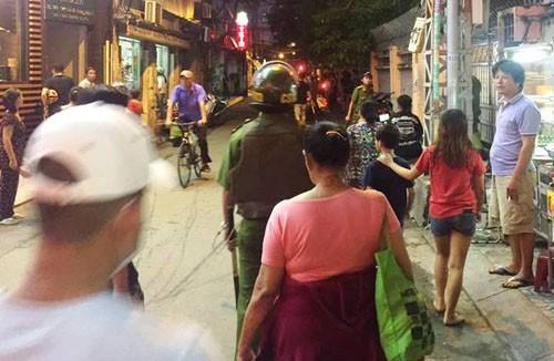 TPHCM: No 2 phat sung, bat doi tuong dung dao chong tra CA