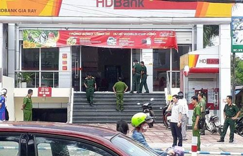 Dang truy bat hung thu cuop ngan hang HDBank o Dong Nai