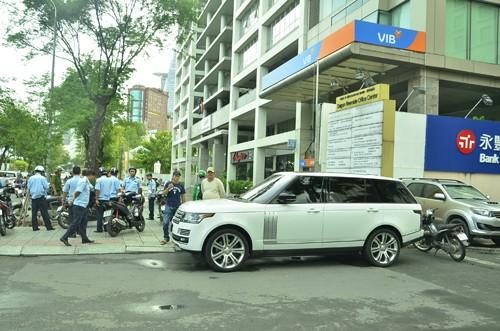 "PCT Hai muon ha chuc CT phuong vi de ""lot"" bai xe khong phep-Hinh-2"