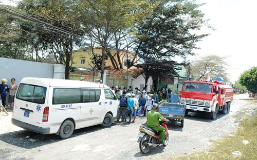 TPHCM: Ro ri khi NH3, hang tram nguoi dan hoang loan