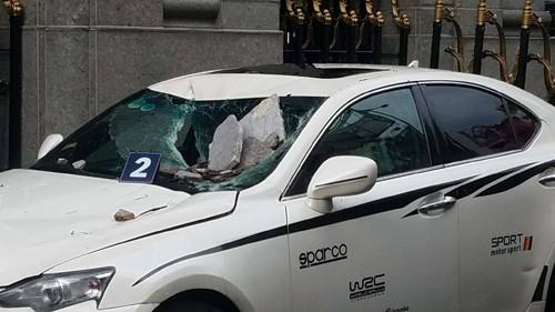 Can cau dap trung ngan hang khien xe sang Lexus, BMW hong nang-Hinh-5