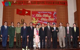 Thu tuong tham, chuc Tet tinh Quang Nam, Quang Ngai-Hinh-2
