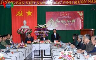 Thu tuong tham, chuc Tet tinh Quang Nam, Quang Ngai-Hinh-4