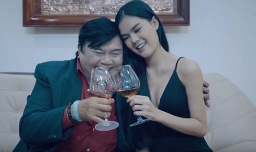 Fan choang vi thi sinh hoa hau giong Ngoc Trinh ngo ngang-Hinh-2