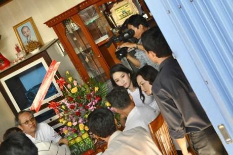 HH My Linh, Thu Thao cat-se cao ngat van o nha don so-Hinh-15