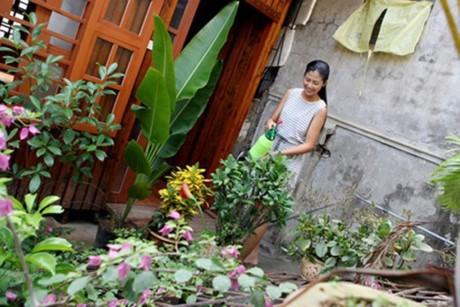 HH My Linh, Thu Thao cat-se cao ngat van o nha don so-Hinh-9