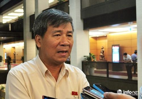 DBQH Nguyen Anh Tri: Bo Y te can len tieng vu bat tam giam BS Luong