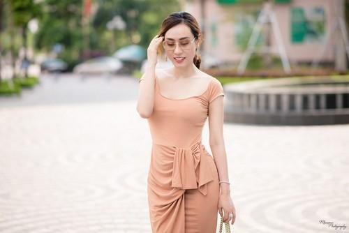 A hau Ngo Thuy Linh: Toi suy nghi 5 nam moi dam phau thuat mui!-Hinh-5