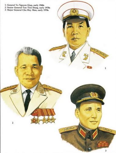Từ trên xuống: Đại Tướng Võ Nguyên Giáp, Thượng tướng Văn Tiến Dũng, Thiếu tướng Chu Huy Mân, thập niên 1960 - 1970.