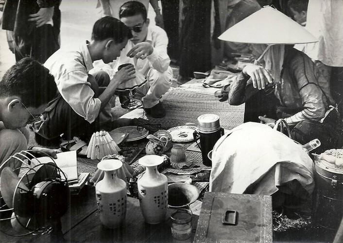 Can canh giay phut chuyen giao quyen luc o HN ngay 10/10/1954-Hinh-18