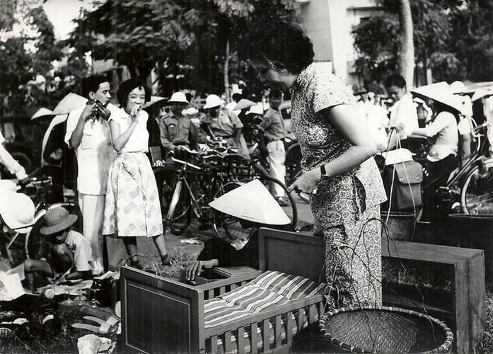Can canh giay phut chuyen giao quyen luc o HN ngay 10/10/1954-Hinh-19