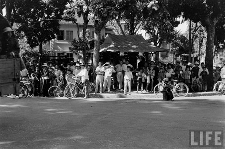 Anh doc: Ha Noi vui nhu hoi ngay giai phong 10/10/1954-Hinh-2