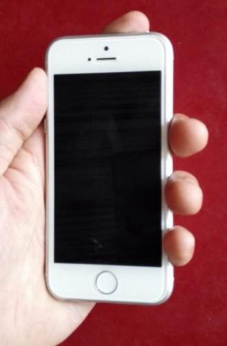 Dien thoai iPhone 6c vo kim loai, Touch ID lo anh thuc-Hinh-2
