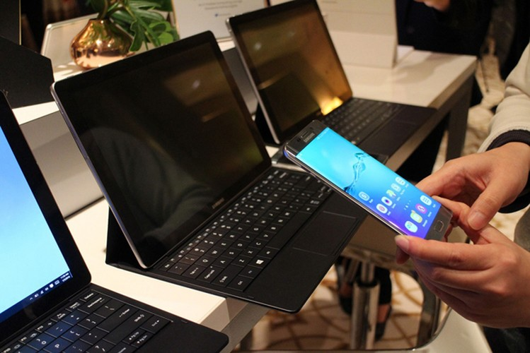 Can canh tablet Galaxy Tab Pro S chay Windows 10-Hinh-14