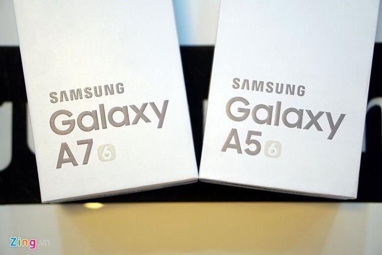 Mở hộp Galaxy A5 và A7 bản 2016 vừa lên kệ tại VN