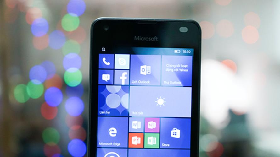 Bo anh dien thoai Lumia 550 gia re chay Windows 10-Hinh-3