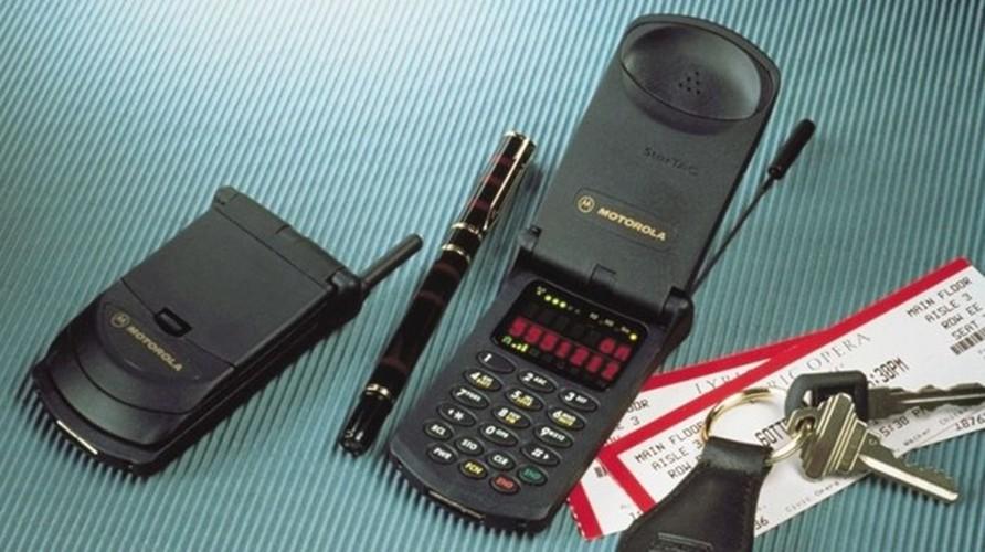 9 mau dien thoai lam nen ten tuoi Motorola-Hinh-4