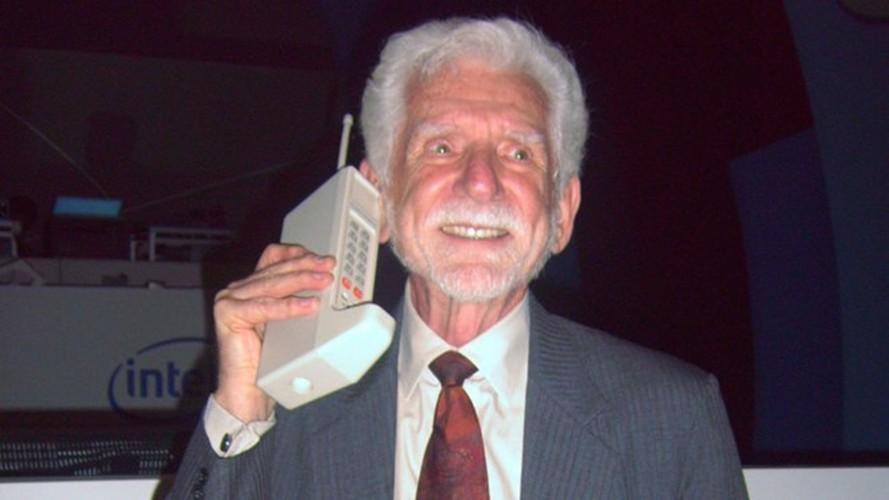 9 mau dien thoai lam nen ten tuoi Motorola