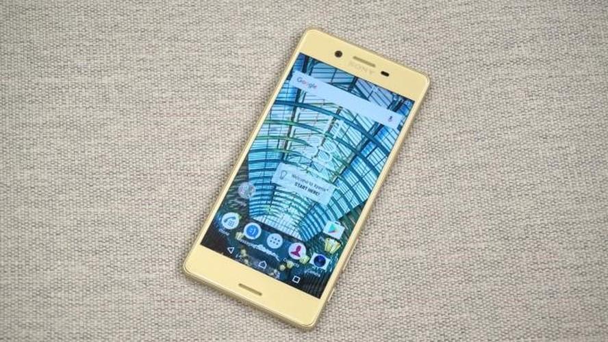 9 smartphone xach tay dat khach moi ve Viet Nam-Hinh-6
