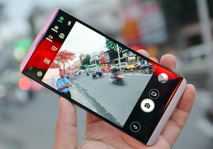 9 smartphone xach tay dat khach moi ve Viet Nam-Hinh-7