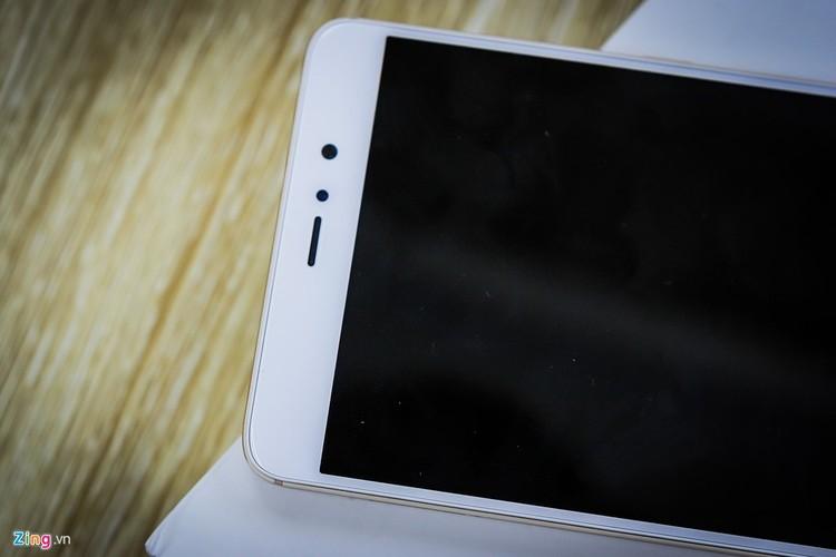 Soi ti mi dien thoai Xiaomi Mi 5s Plus dau tien ve Viet Nam-Hinh-11