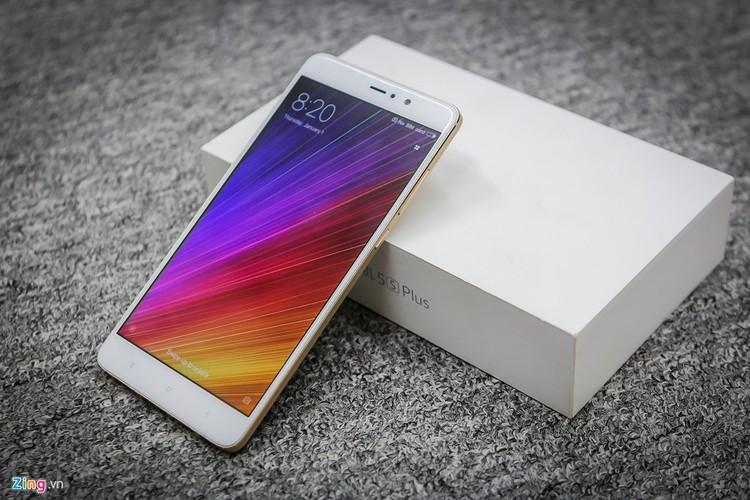 Soi ti mi dien thoai Xiaomi Mi 5s Plus dau tien ve Viet Nam-Hinh-12