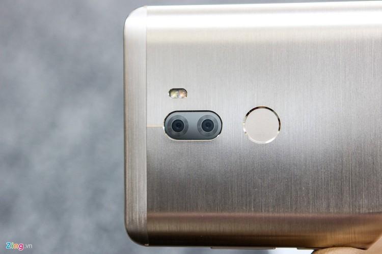 Soi ti mi dien thoai Xiaomi Mi 5s Plus dau tien ve Viet Nam-Hinh-5