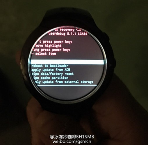 Chiem nguong mau dong ho thong minh cuc bi an cua HTCC-Hinh-4