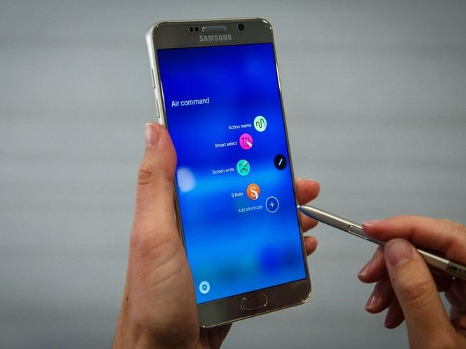 7 smartphone tot nhat thay the Galaxy Note 7-Hinh-7