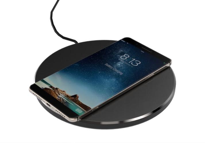 Y tuong iPhone 8 thiet ke khong vien, than boc kim loai-Hinh-5