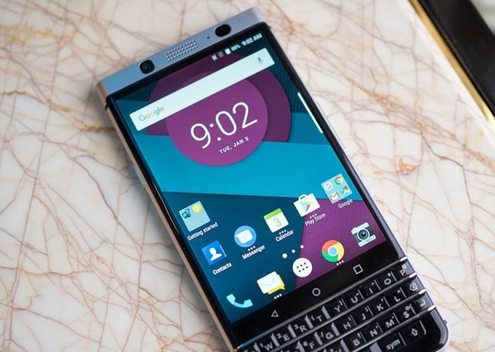 Anh thuc te ban mau BlackBerry Mercury voi ban phim QWERTY-Hinh-7