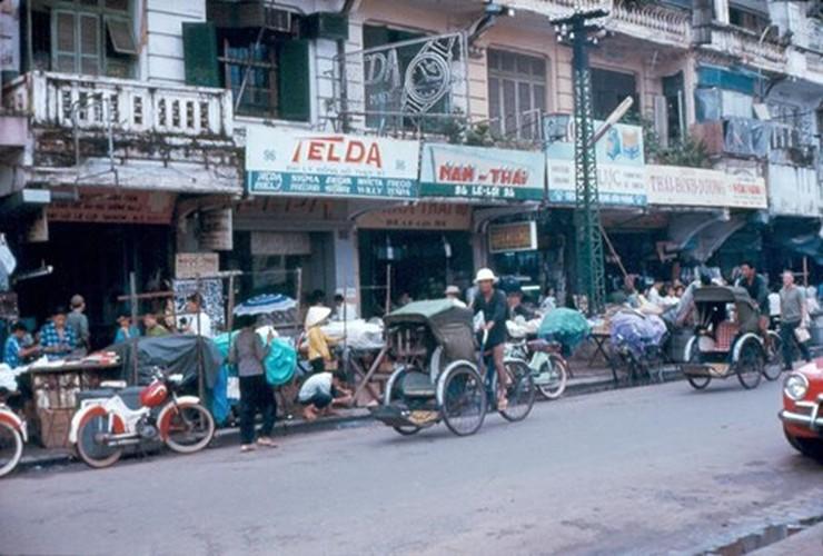 Anh doc ve nan lan chiem via he Sai Gon truoc 1975 (2)-Hinh-2