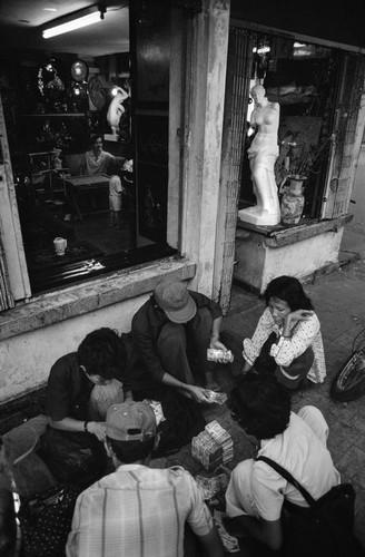 Anh doc ve via he o Viet Nam thap nien 1980 (2)-Hinh-6