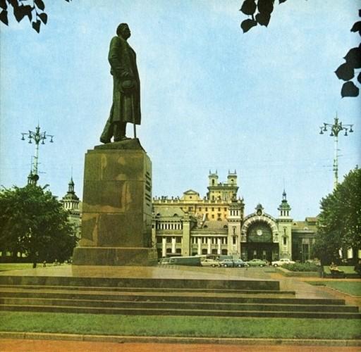 Moscow thap nien 1960 ruc ro trong anh cua pho nhay Canada (2)-Hinh-11