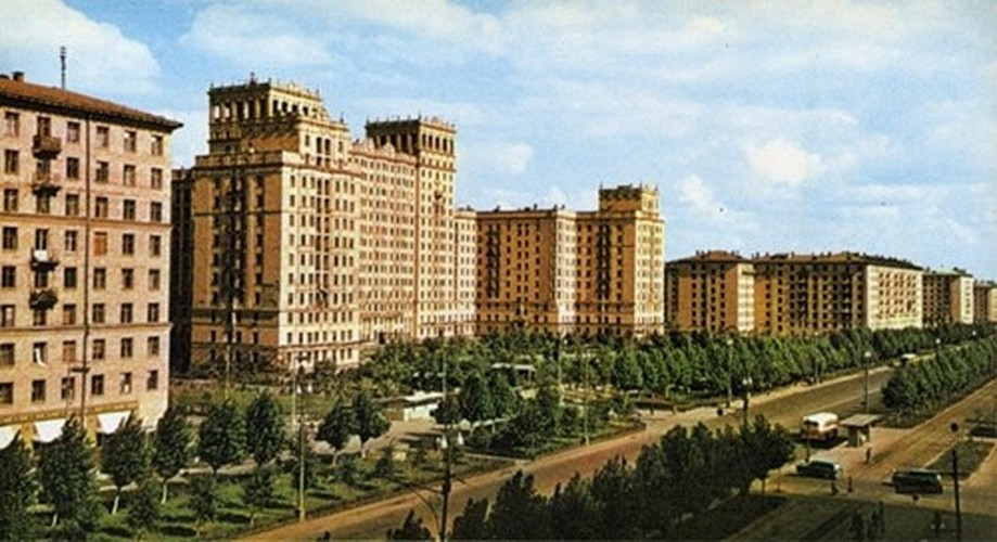 Moscow thap nien 1960 ruc ro trong anh cua pho nhay Canada (2)-Hinh-4