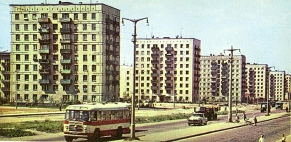 Moscow thap nien 1960 ruc ro trong anh cua pho nhay Canada (2)-Hinh-7