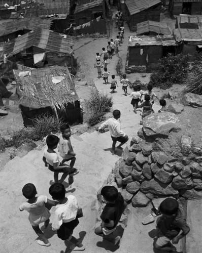Anh hiem ve lang chai ngheo kho o Hong Kong nam 1952-Hinh-3