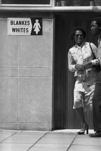 Can canh cuoc song duoi che do Apartheid o Nam Phi 1978 (1)-Hinh-2