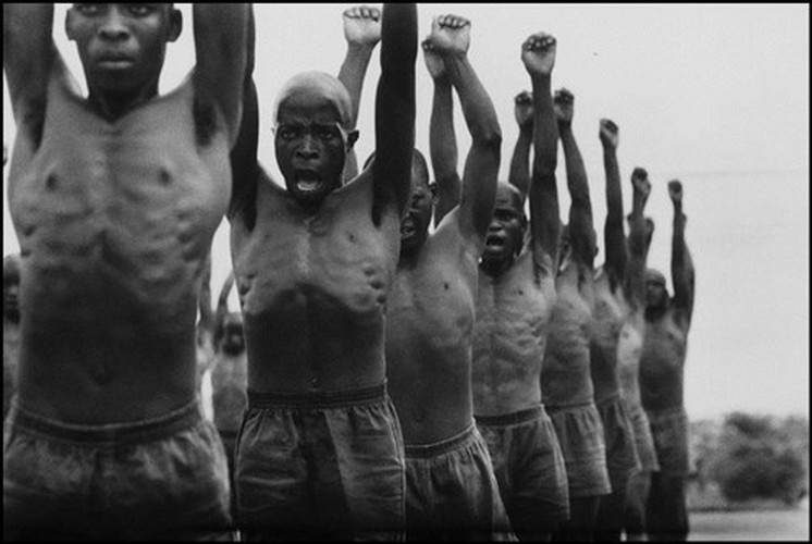 Can canh cuoc song duoi che do Apartheid o Nam Phi 1978 (1)-Hinh-5