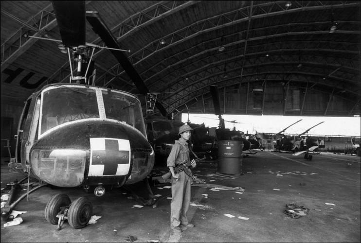 Viet Nam nam 1975 trong anh cua phong vien Iran (2)-Hinh-10