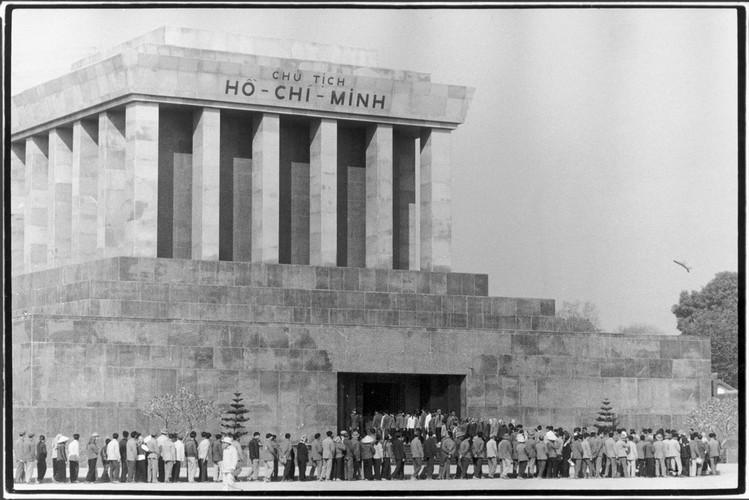 Viet Nam nam 1975 trong anh cua phong vien Iran (2)-Hinh-11