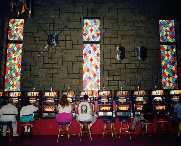 Ben trong cac song bac Las Vegas nam 1993-Hinh-2