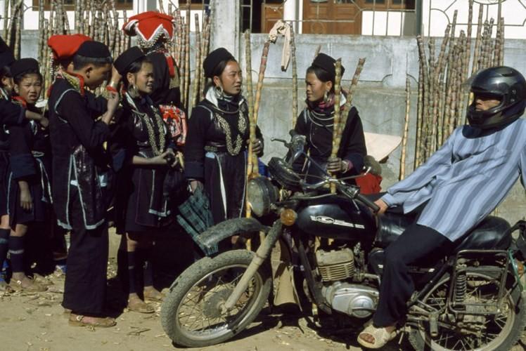 Hinh anh de doi ve phu nu Viet Nam thap nien 1990 (2)-Hinh-2