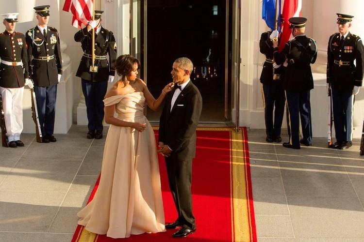 Chuyen tinh dep 24 nam cua vo chong Tong thong Obama-Hinh-9