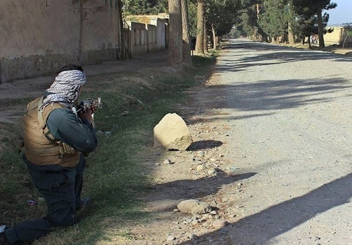 Quan doi Afghanistan xua duoi phien quan Taliban khoi Kunduz-Hinh-3
