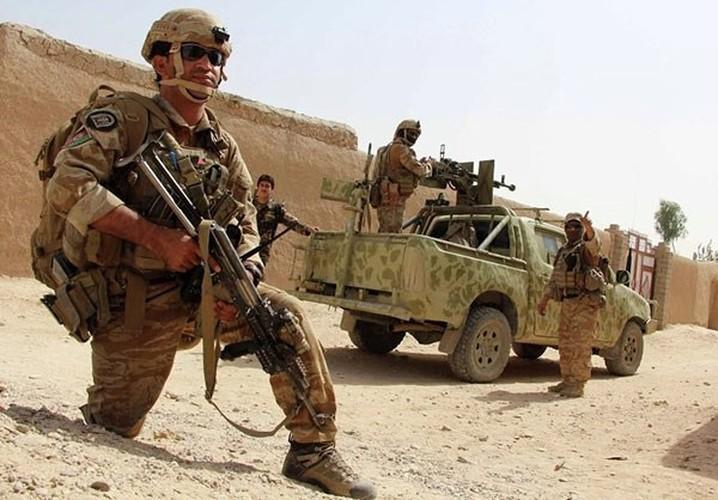 Quan doi Afghanistan xua duoi phien quan Taliban khoi Kunduz-Hinh-8