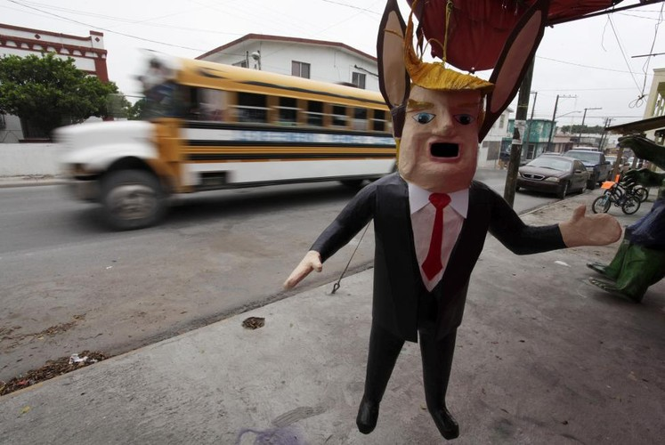 The gioi bay to thai do doi voi ung vien Donald Trump-Hinh-5