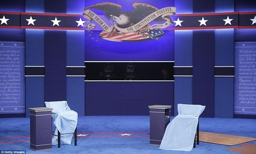 Chum anh ba Clinton, ong Trump truoc cuoc tranh luan lan 2-Hinh-4
