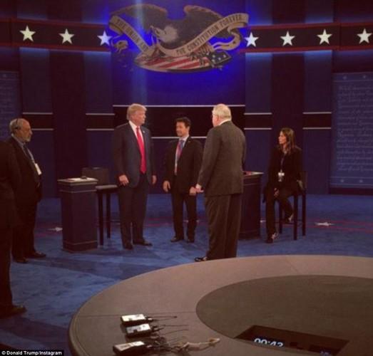 Chum anh ba Clinton, ong Trump truoc cuoc tranh luan lan 2-Hinh-9