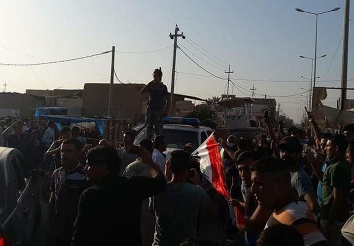 Anh: Quan doi Iraq giai phong lang mac o Anbar khoi IS-Hinh-4